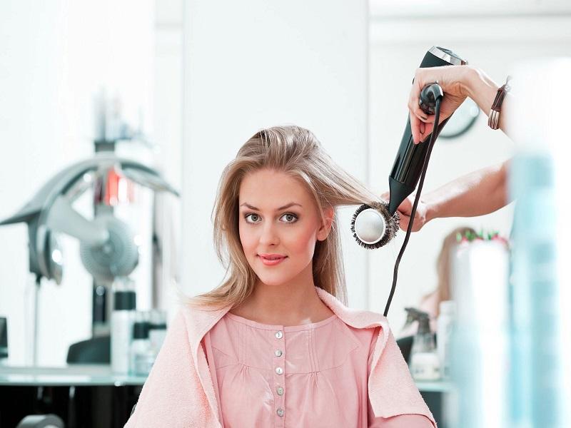 [TỔNG HỢP] 5 cách chăm sóc tóc uốn vào nếp tự nhiên tại nhà sau khi gội và nhuộm-4