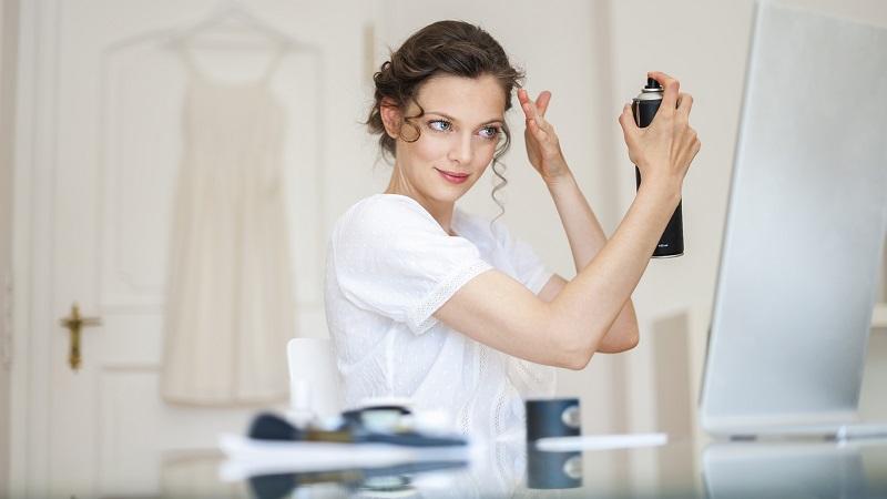 [TỔNG HỢP] 5 cách chăm sóc tóc uốn vào nếp tự nhiên tại nhà sau khi gội và nhuộm-6