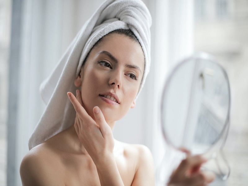 [HƯỚNG DẪN] Cách dùng dầu tẩy trang ĐÚNG CÁCH cho da sạch mịn không nổi mụn