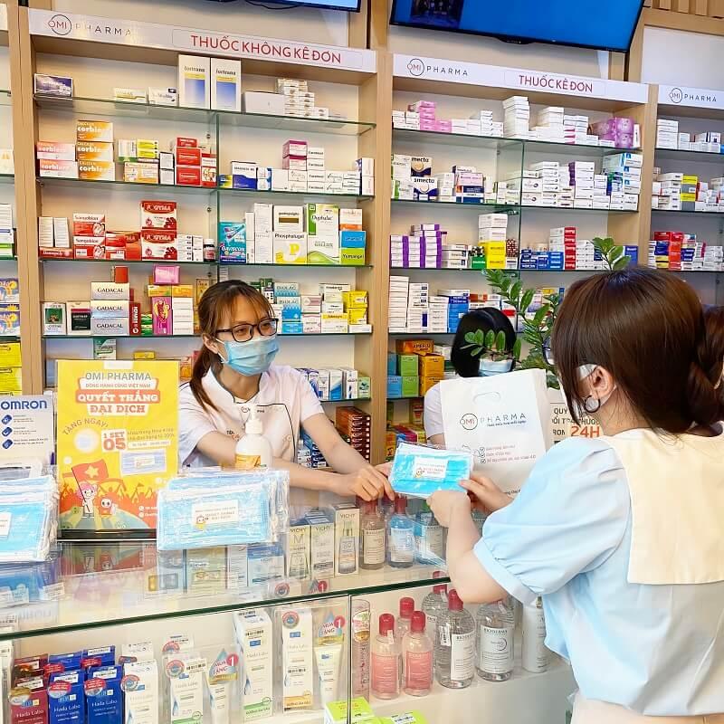 Nhà thuốc Omi Pharma chung tay cùng cộng đồng cư dân Green Stars đẩy lùi dịch COVID-5