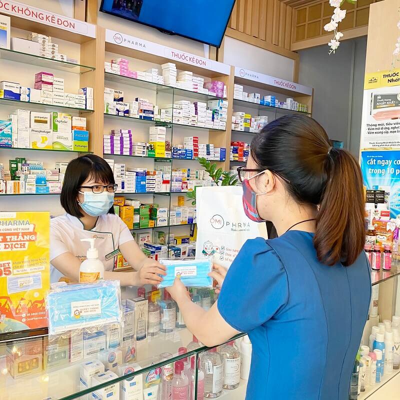Nhà thuốc Omi Pharma chung tay cùng cộng đồng cư dân Green Stars đẩy lùi dịch COVID-6
