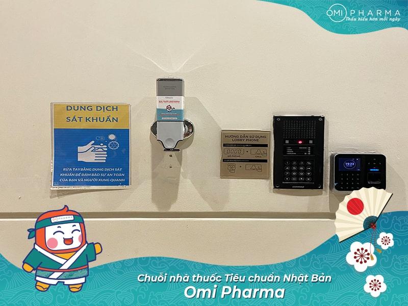 Omi Pharma đồng hành cùng cư dân Park 7 - Times City quyết thắng đại dịch 2