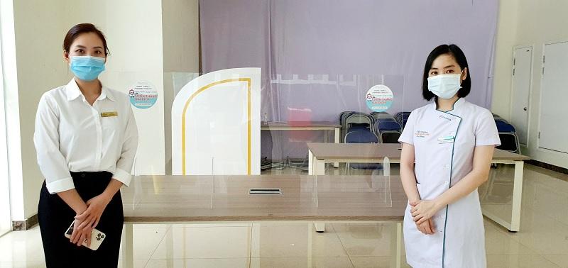 Omi Pharma tặng kính chắn Mica đồng hành cùng cư dân Times City quyết thắng đại dịch-10