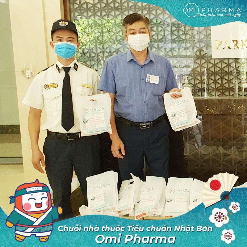 Omi Pharma gửi tặng hơn 3000 set quà sức khỏe tới cư dân Times City, đồng hành cùng cư dân quyết thắng đại dịch-3