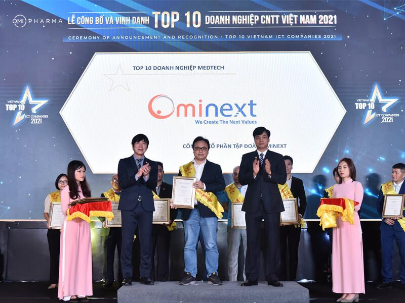 """Tự hào Ominext Group được vinh danh """"Top 10 Doanh nghiệp Medtech 2021"""""""